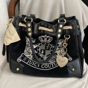 Juicy Couture Scotty Velour Daydreamer Tote | Rare